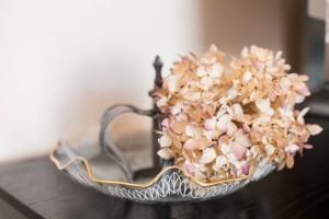 Krone und Trockenblume